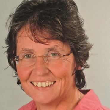Baumann, Dr. Sabine